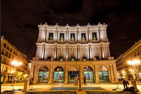 Teatro Real imagen cortesía de Razor 73/ Flickr