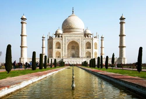 Vista externa del Taj Mahal.