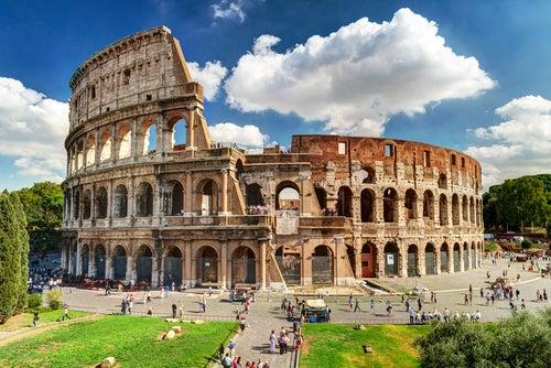 Vista del Coliseo de Roma en Italia