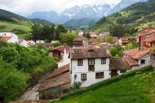 Paisaje en Potes en Cantabria