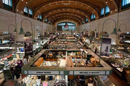 Interior del mercado de Cleveland