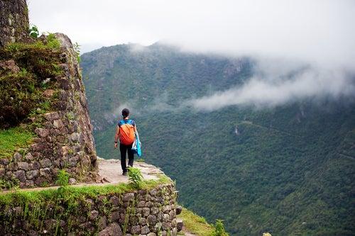 Senderista en Machu Picchu
