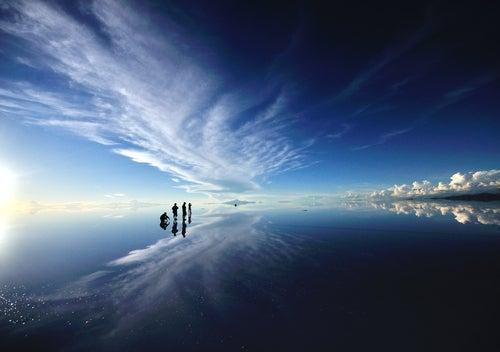 Salar de Uyuni en Bolivia, uno de los paisajes más surralistas
