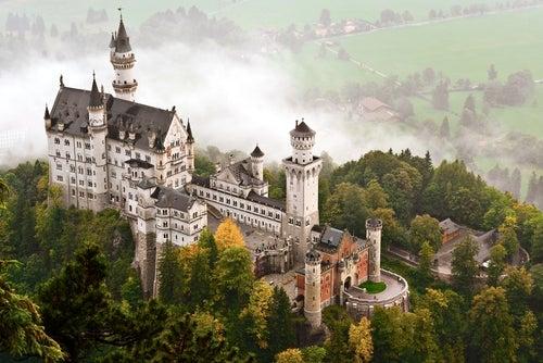 Vista aérea del castillo de Neuschwanstein