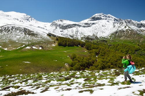 Mujer en los Pirineos