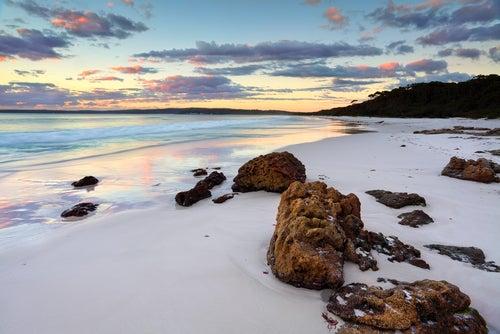 Las 8 playas más coloridas del mundo