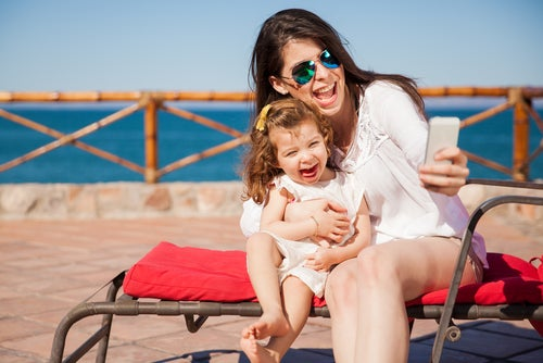 9 consejos de una madre soltera para viajar con hijos