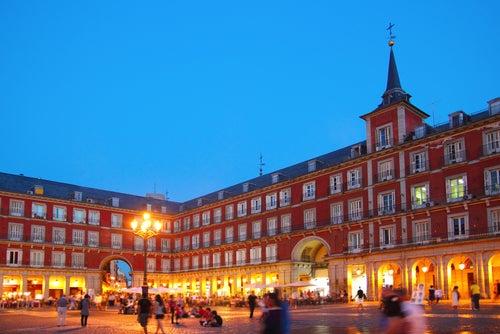 Las 7 plazas más bonitas de España