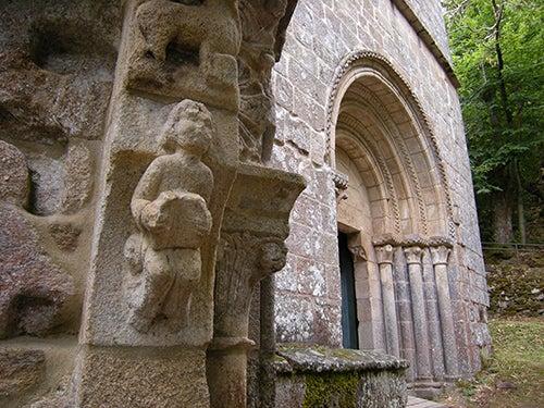 Detalle del Monasterio de Santa Cristina de Ribas