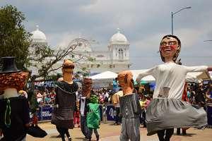 Feria Nacional de la Mascarada en Costa Rica