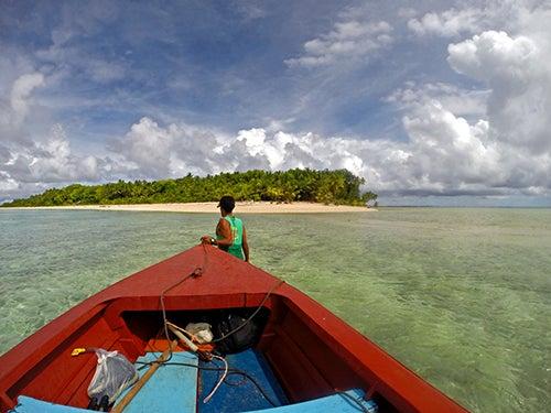 Pescador en Tuvaru