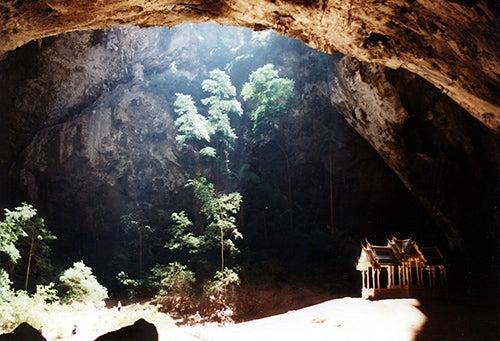 ThCueva Tham Phraya Nakon en Tailandia