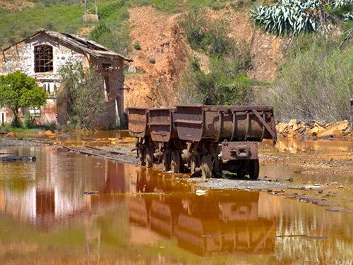 Vagonetas en Rio Tinto