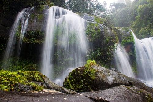 Cascada de Bolaven en Laos