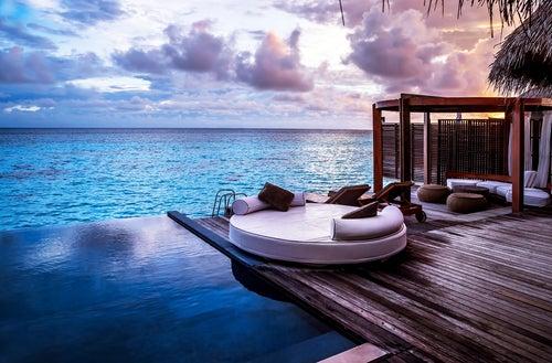 Hotel de lujo junto al mar