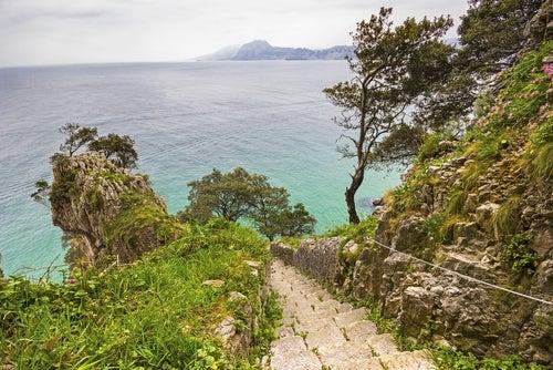 Escaleras al Faro el Caballo