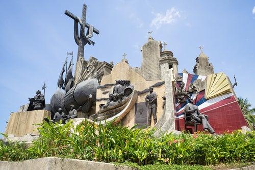 Monumento en Cebu en Filipinas