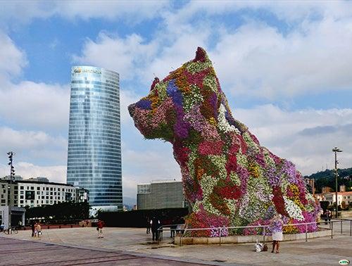Escultura de Puppy en el Guggenheim