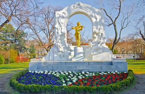 Monumento a Strauss en Viena