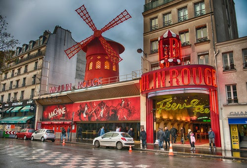Fachada delMoulin Rouge en Montmartre
