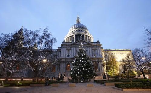 Catedral de St. Paul en Londres en Navidad