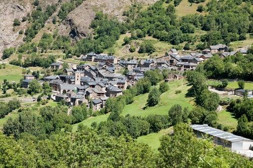 Vista del pueblo de Durro en el Valle del Boí