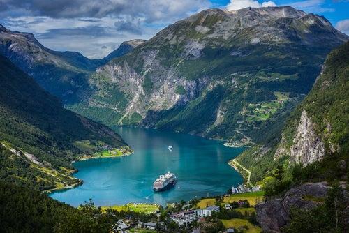 Fiordo de Geiranger en Noruega