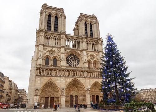 Notre Dame de París en Navidad