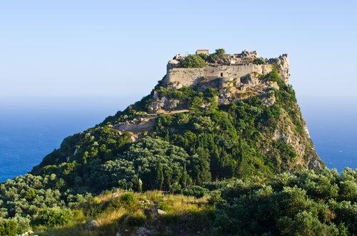 Ruinas de Algelokastro