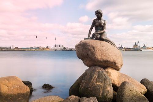 La Sirenitade Copenhague en Dinamarca