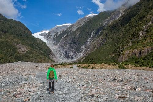 Mujer en el Glaciar Franz