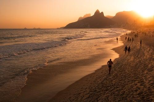Atardecer en la playa de Ipanema