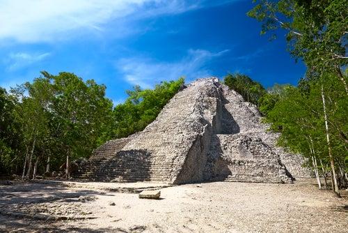 Ruinas de Cobá en la Riviera Maya