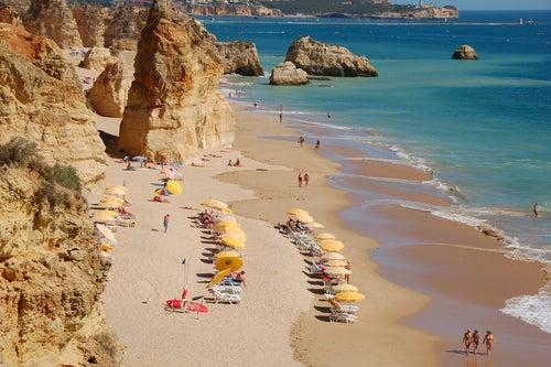 Playa da Rocha en el Algarve