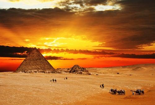 Atardecer en las Pirámides de Giza