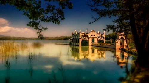 Atardecer en el lago Bañolas