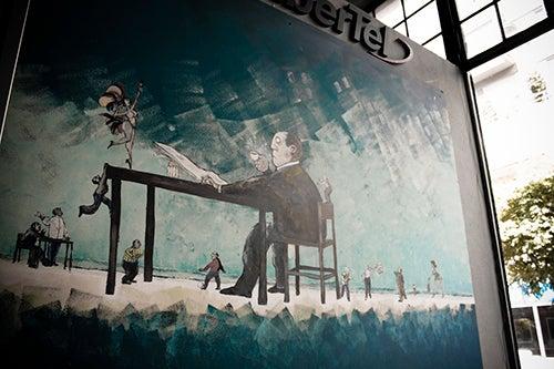 Mural en la cafeteria el Cairo de Rosario