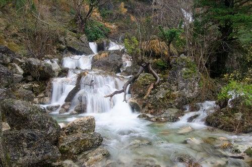 Cascada en el río Mundo