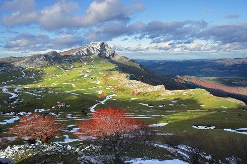 5 rutas de senderismo en España para invierno