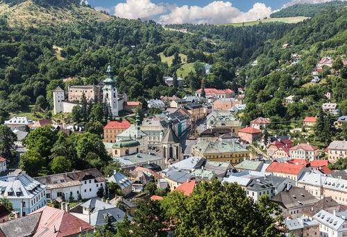 Vista de Banska Stiavnika en Eslovenia