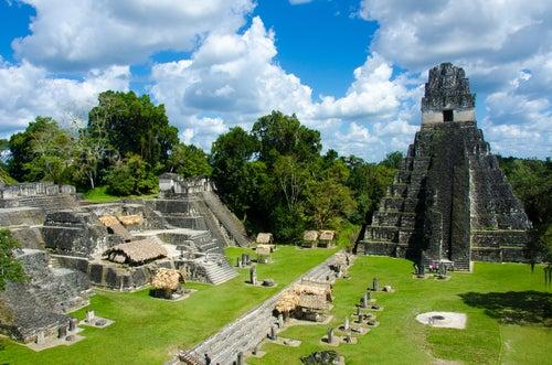 Parque arqueológico Tikal en Guatemala