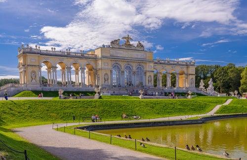 Románticos jardines del Palacio de Schonbrunn