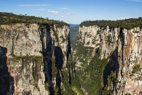Desfiladero en el Cañón de Itaimbezinho