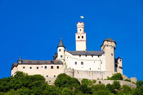 Castillo de Marksburg en el Rhin romántico
