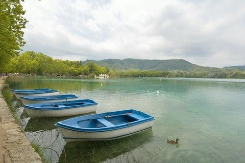 Lago de Bañolas, un lugar mágico de Girona - Mi Viaje