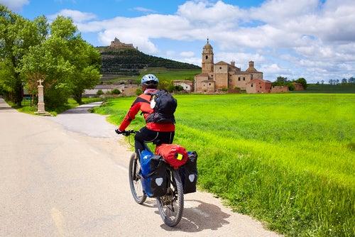 Ciclista-en-el-Camino de Santiago