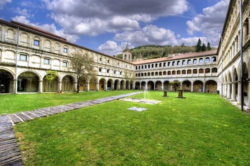 Monasterio de la Ribeira sacra en Galicia