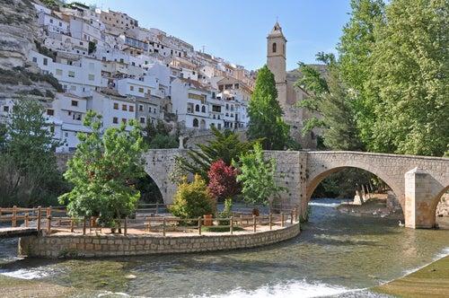 Alcalá del Júcar, uno de los pueblos de España entre montañas