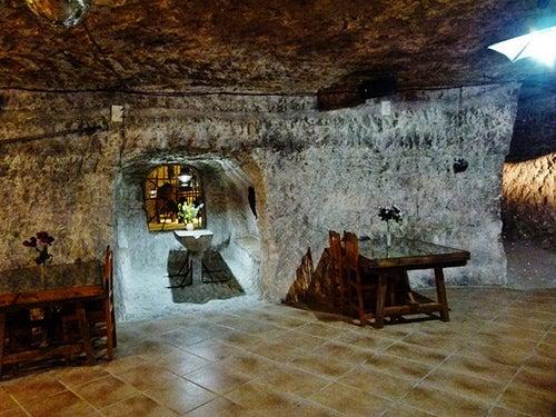 Cuevas del Diablo en Alcalá del Júcar