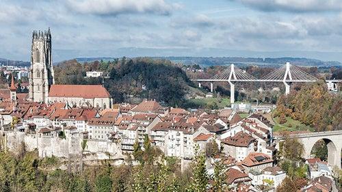 Friburgo en Suiza, la ciudad de los puentes
